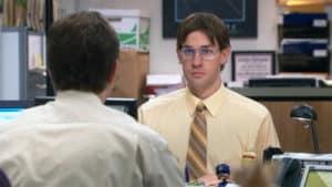 Jim se met dans les baskets de Dwight (the Office) : un bel exemple d'empathie !